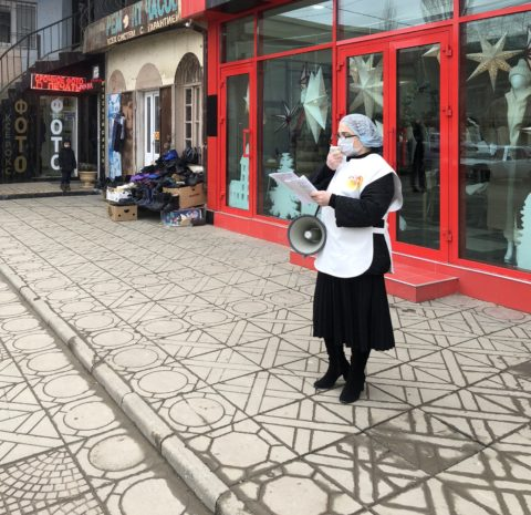 В Буйнакск, где сейчас отмечается вспышка острой кишечной инфекции, направлена бригада специалистов Республиканского центра общественного здоровья и медицинской профилактики