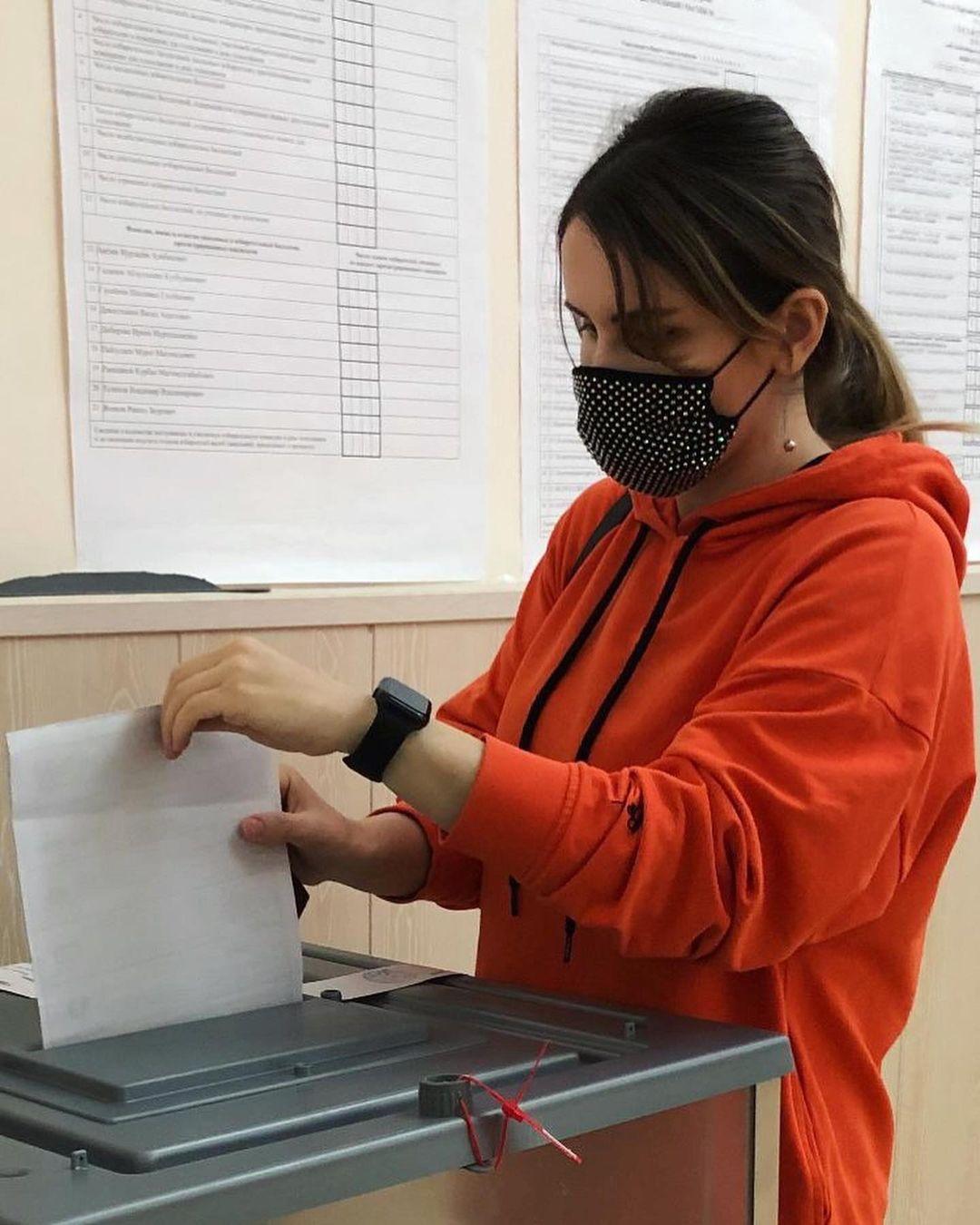 Врачи Республиканского центра общественного здоровья и медицинской профилактики принимают активное участие в Выборах-2021